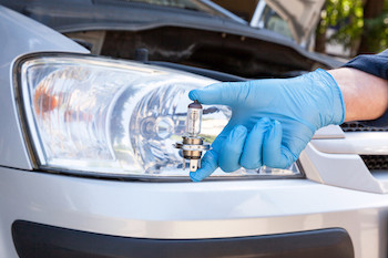 Things to know about Halogen headlight bulbs